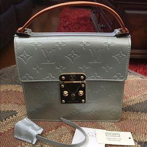 Louis Vuitton Monogram Cuir Vernis Handbag